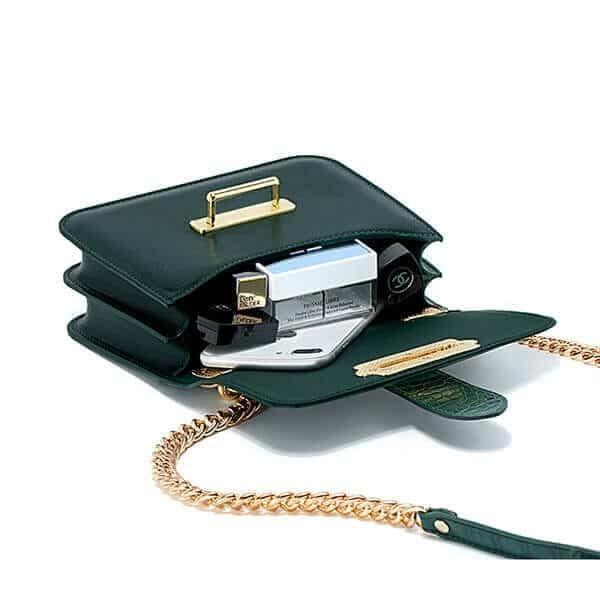 Designer handbag crossbody bag with chain strap